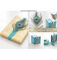 تزیین جعبه کادویی با پر طاووس