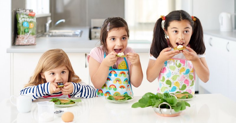 5_WAYS_TO_GET_KIDS_EATING_VEGGIES__1541399610_72635