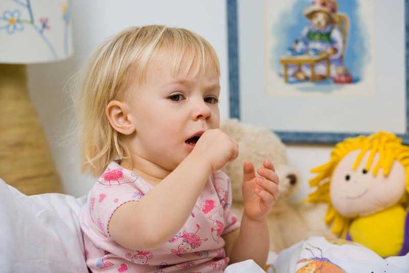 سرفه خشک نوزاد