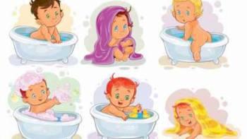 بهترین زمان حمام کردن نوزاد چه موقع است؟